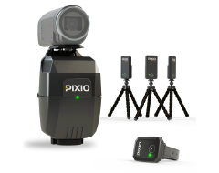 View of the complet PIXIO robot cameraman with the PIXIO watch and the 3 PIXIO beacons