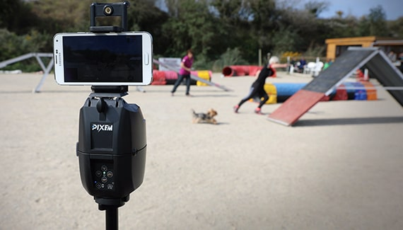 PIXEM auto-follow camera used to film agility